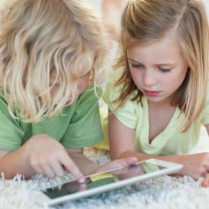 Планшет для ребенка - польза или вред?
