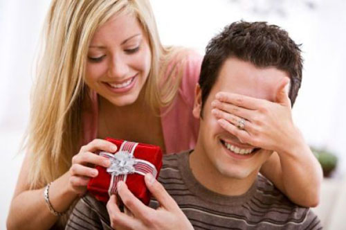Какой выбрать подарок своему парню