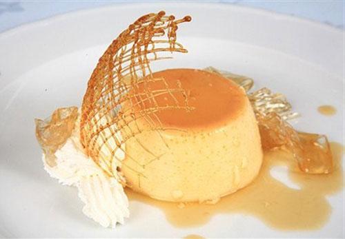 Пудинг с апельсиновым соусом