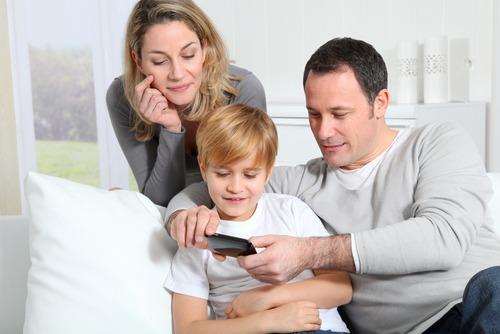 Как выбрать телефон для ребенка?