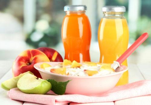 Мы свободно можем снизить объём потребляемой пищи, если правильно распределим несколько литров жидкости, которые необходимо выпивать в течении суток.