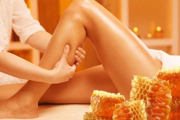 Что помогает избавиться от целлюлита? Медовый массаж