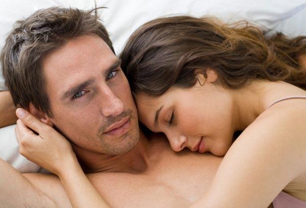 Каким образом мужчины скрывают свои чувства?
