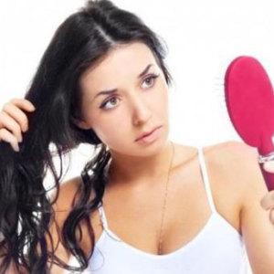 5 причин, почему выпадают волосы