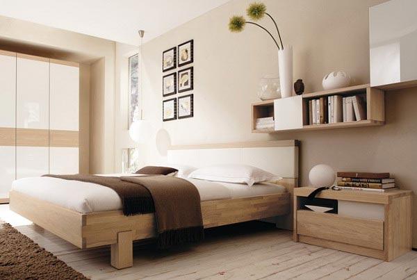 Узкая спальня: как создать простор и уют