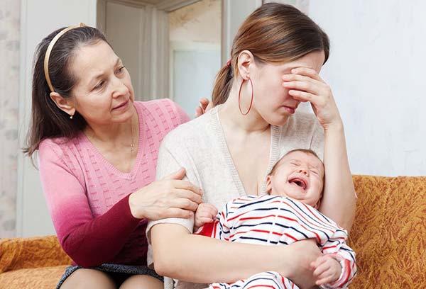 Родители мужа не помогают и мешают