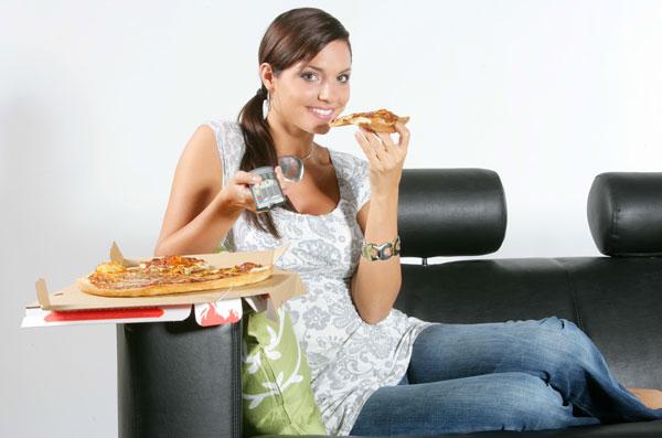 Как перестать есть перед телевизором