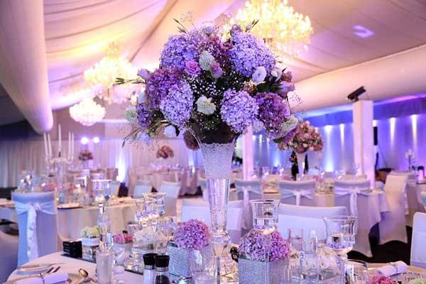 ukrashenie-svadebnogo-stola