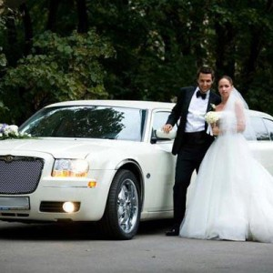 Заказ свадебного лимузина