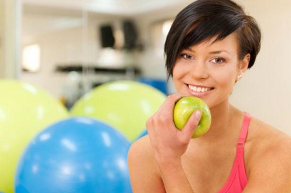 """Правильное питание """"до"""" и """"после"""" тренировки"""