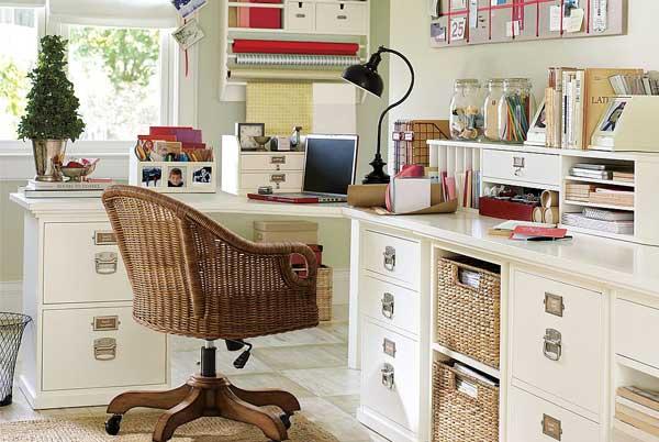 Как лучше обустроить домашний офис в летнее время (фото)