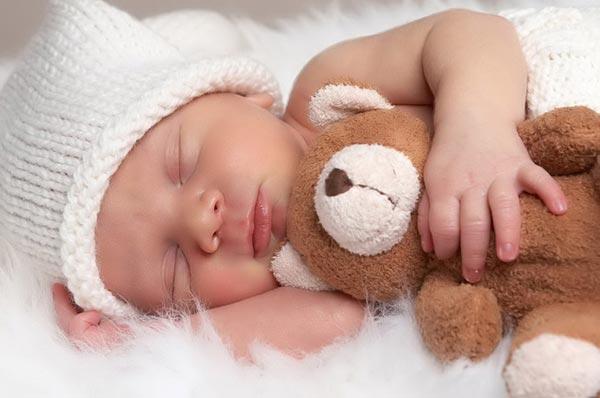 Выбираем подарок для новорожденного