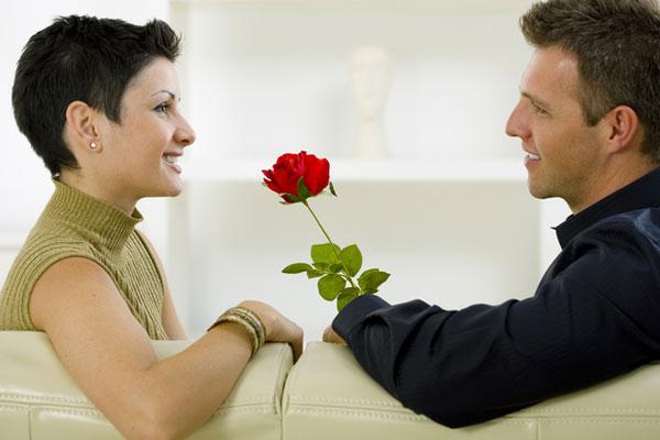 Как правильно принимать ухаживания мужчины