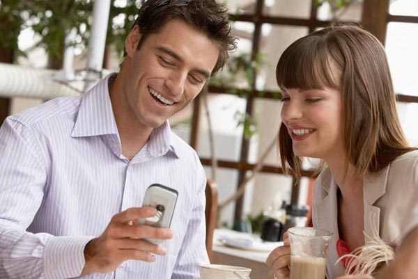 Почему некоторым женщинам комфортнее дружить с мужчинами?