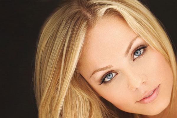 10 трудностей, с которыми сталкиваются красавицы