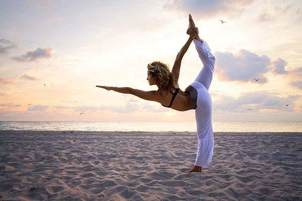 Как занятия йогой способствуют здоровью и красоте