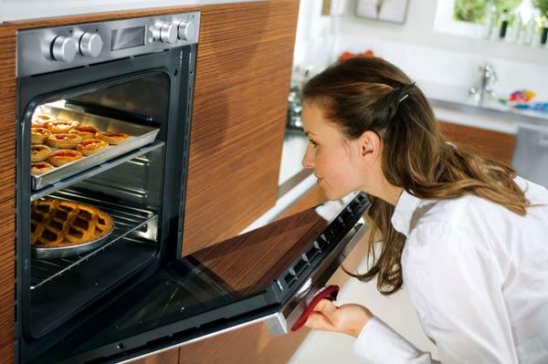 Стоит ли покупать духовку с пиролизом?