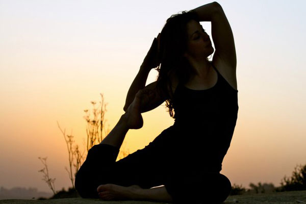 Йога – путь к гармонии и здоровью женщины