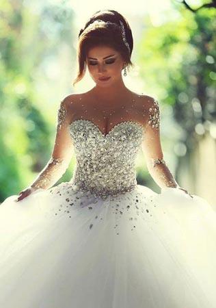 Украшенные камнями свадебные платья