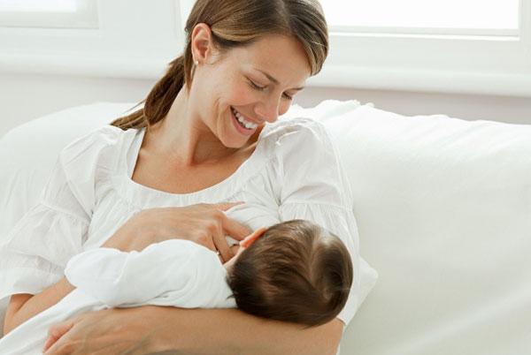 Вскармливание ребенка грудного возраста