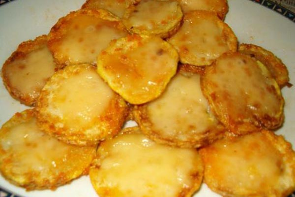 Жареные кабачки под сыром