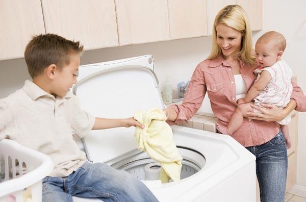 Некоторые тонкости стирки одежды малыша