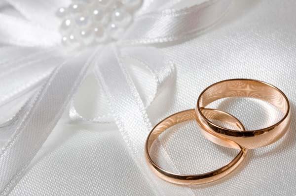 Где можно купить парные обручальные кольца?