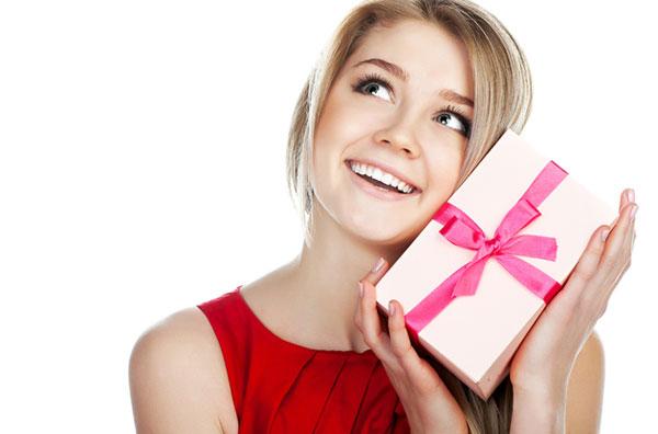 Что подарить женщине? 25 идей