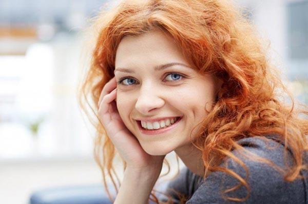 Как девушке поднять себе настроение?