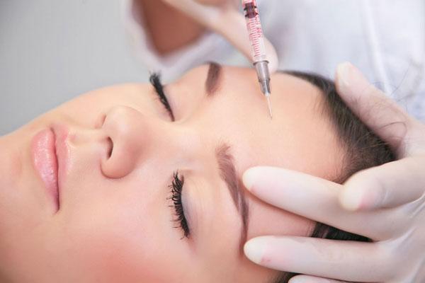 Мезотерапия – уколы молодости и красоты