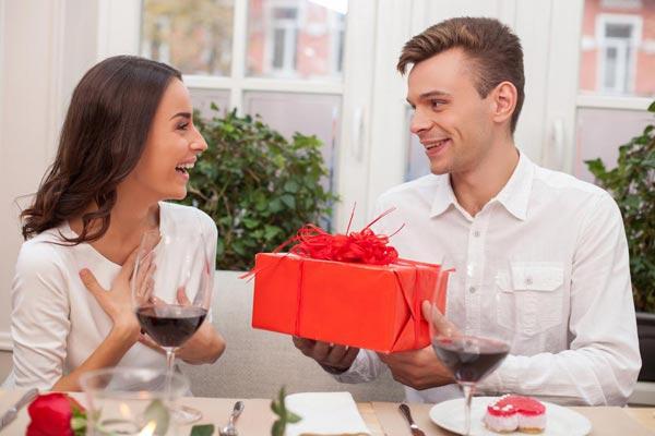 Как помочь мужчине стать щедрее?