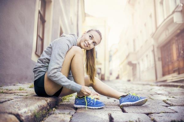 Как выбрать женские кроссовки