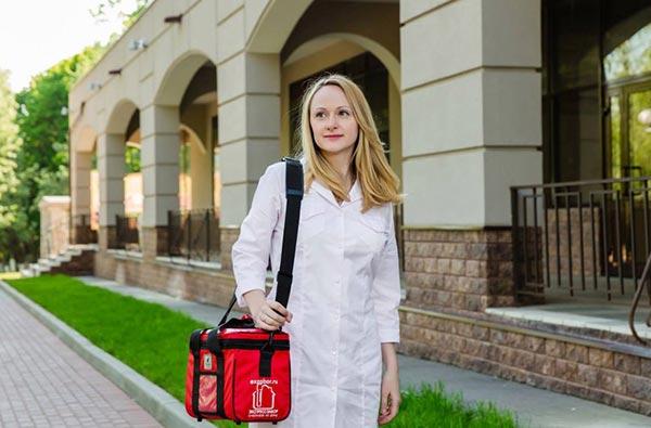 Забор крови на дому: роскошь или необходимость?
