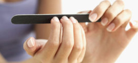 Что делать, если у вас слоятся ногти