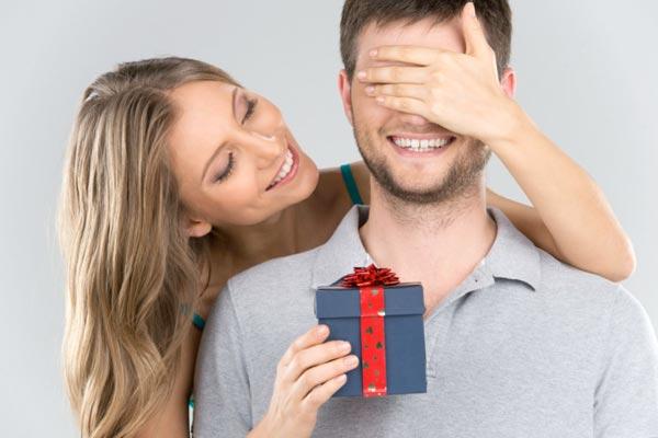 Выбор подарка для мужчины на день рождения
