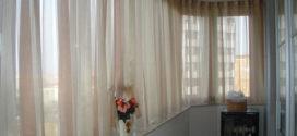 Какие шторы выбрать для балкона?