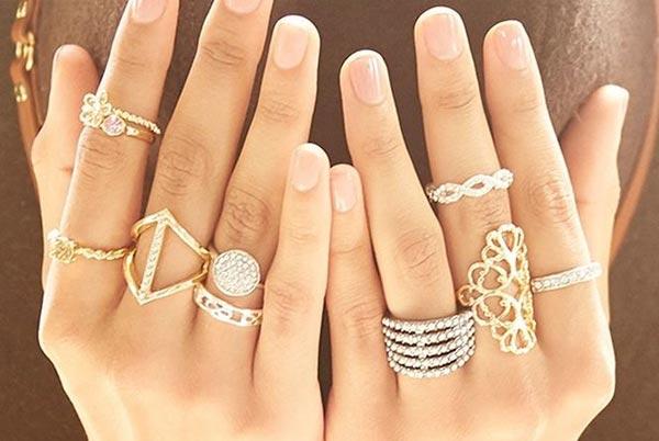 Значение кольца на пальцах у женщин
