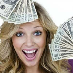 В Новый год без долгов: 12 советов, как «подружиться» с деньгами