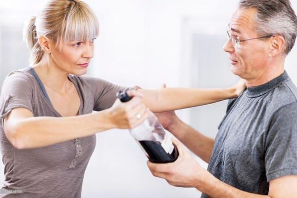 Как убедить алкоголика пройти лечение