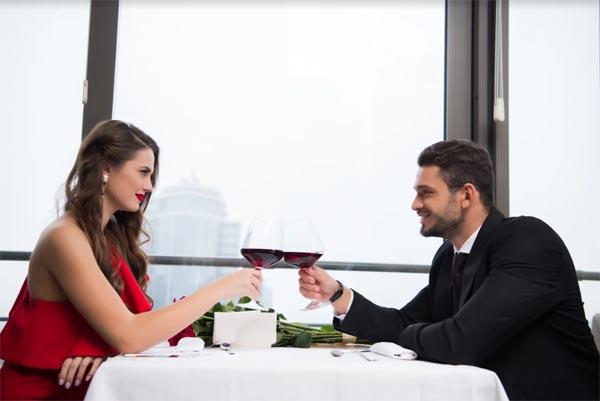 Знакомства онлайн: Как не провалить первое свидание?