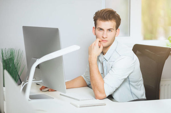 Встречаетесь с компьютерным гением? Каким он может быть…