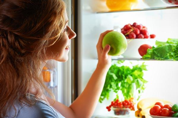 Можно ли есть фрукты на ночь при похудении?