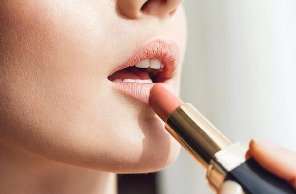Как выбрать губную помаду по качеству