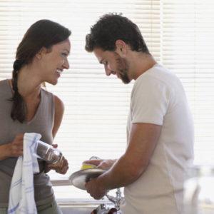 Как заставить мужчину помогать в домашних делах
