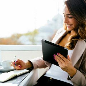 Качества, которые помогают женщинам добиться успеха в карьере