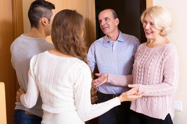 Как научиться ладить с родителями супруга?