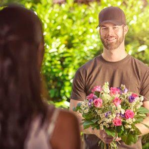 Доставка цветов: преимущества данной услуги