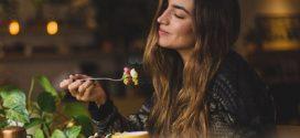 6 проверенных способов перестать есть поздно вечером