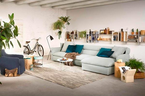 Оформление гостиной в доме: советы дизайнеров