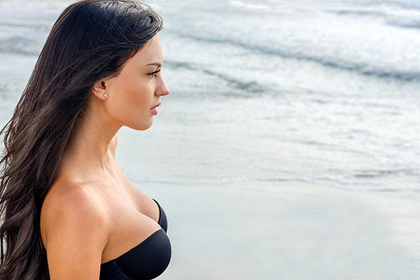 Как сохранить здоровье женской груди?